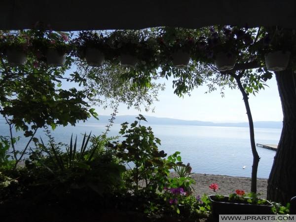 Romantische Ansicht über See Ohrid (Mazedonien)