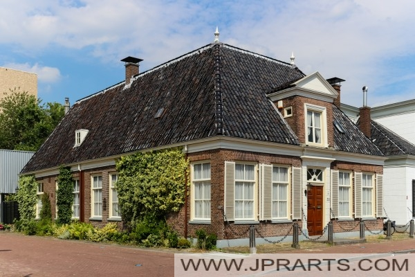 منزل نموذجي في آسن، هولندا