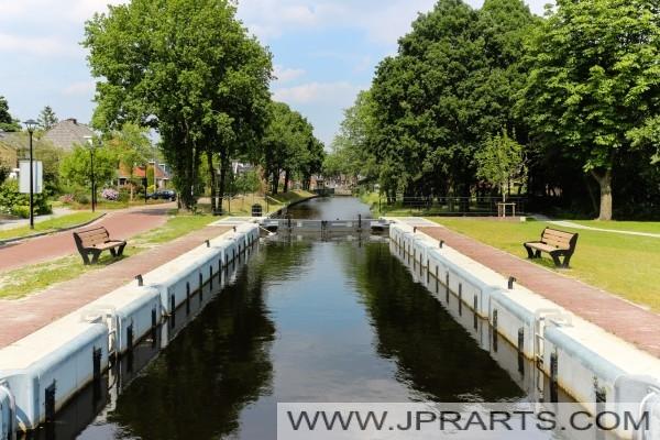 le canal à Assen (Pays-Bas)