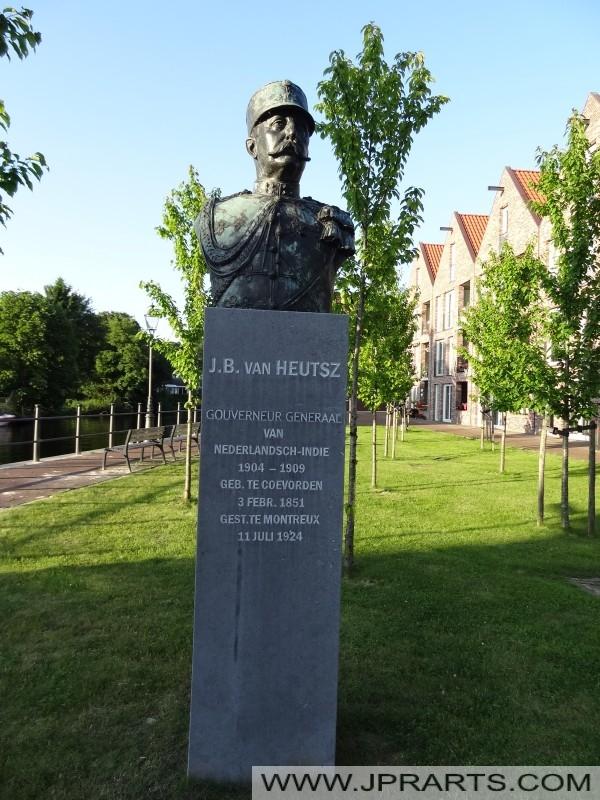 Buste J.B. van Heutsz (Coevorden, Nederland)