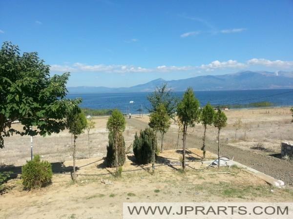 δρόμο προς τη λίμνη Πρέσπα (Μακεδονία)
