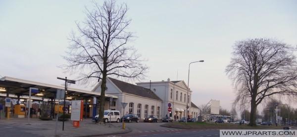 station meppel - beste foto's en video's van het station in meppel.