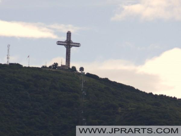 Милениумски крст (Скопје, Македонија)