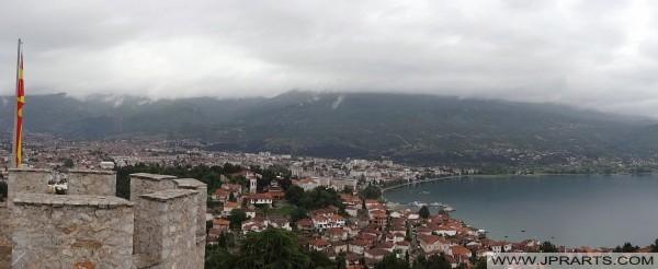 Ohri şehir ve göl Ohri panoramik manzaralı (Makedonya)