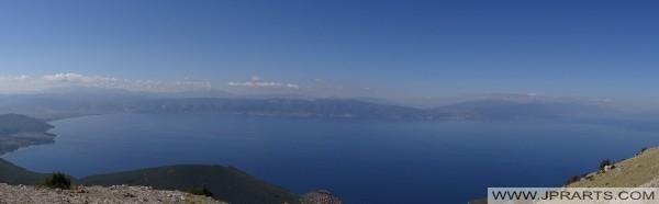 Panorama-Blick auf den Ohridsee von Galičica (Mazedonien)