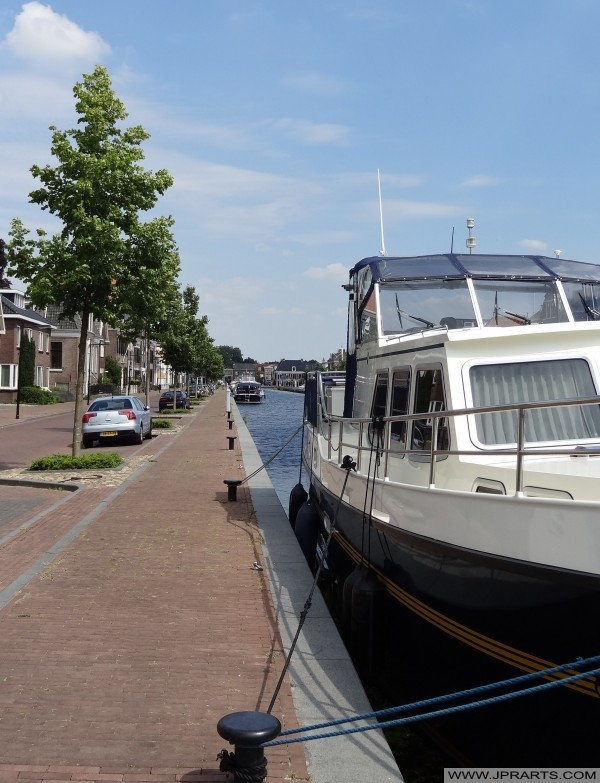 barca a Asser Hoofdvaart (Paesi Bassi)