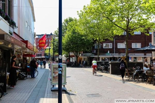 покупки в Ассене, Нидерланды