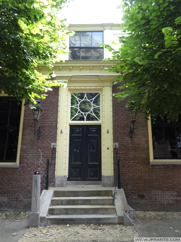 Entrée Ontvangershuis (aujourd'hui partie du Musée Drenthe) à Assen, Pays-Bas