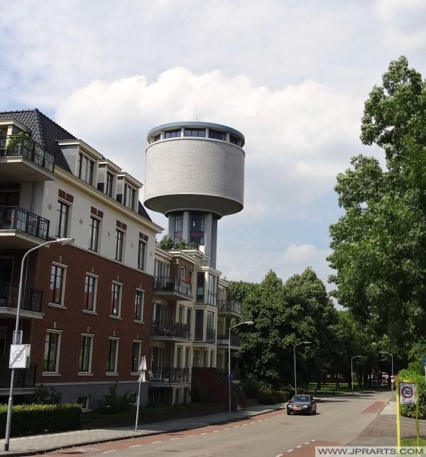 アッセン、オランダの給水塔