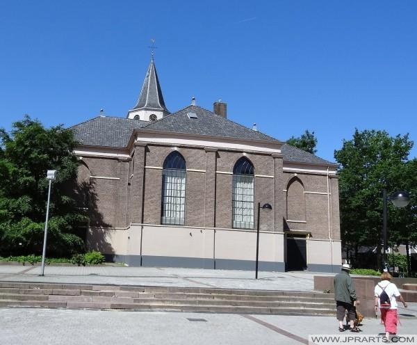 Retour de l'Eglise ou de la Grande-Pancrace à Emmen, Pays-Bas