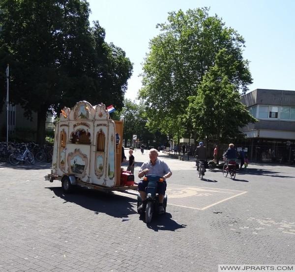 Néerlandais Orgue de Barbarie à Emmen