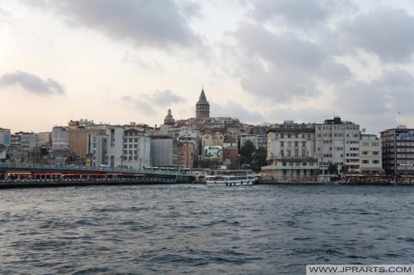 加拉塔桥塔和加拉塔桥(伊斯坦布尔,土耳其)
