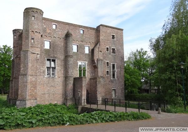 Groot Kasteel in Deurne, Nederland