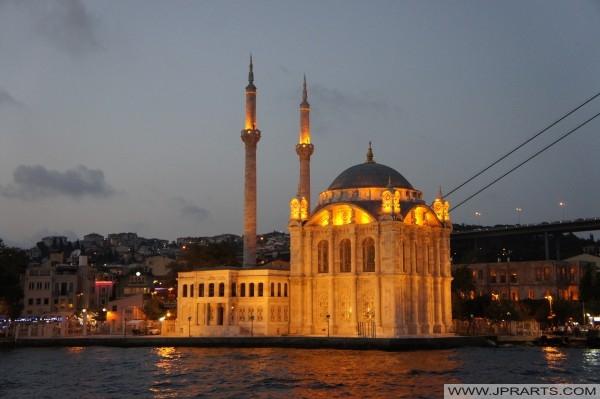Ortaköy Camii (İstanbul, Türkiye)