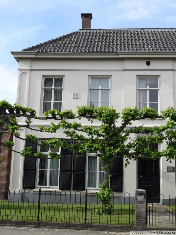 Stara plebania w Helmondseweg w Deurne, Holandia