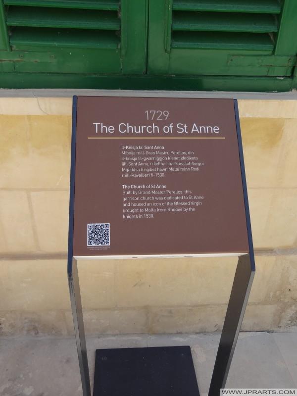 Informace posádka kostel svaté Anny (Valletta, Malta)