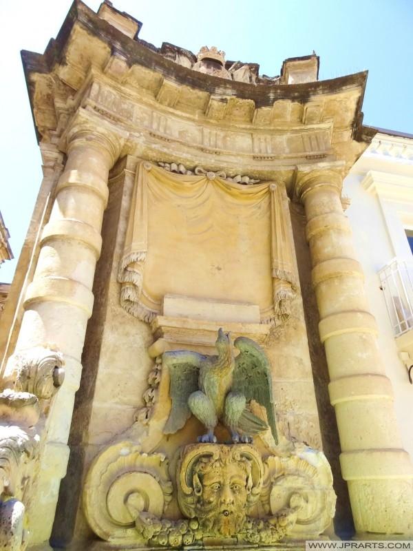 Eine von zwei identischen Brunnen von Großmeister Rohan gebaut (Valleta, Malta)
