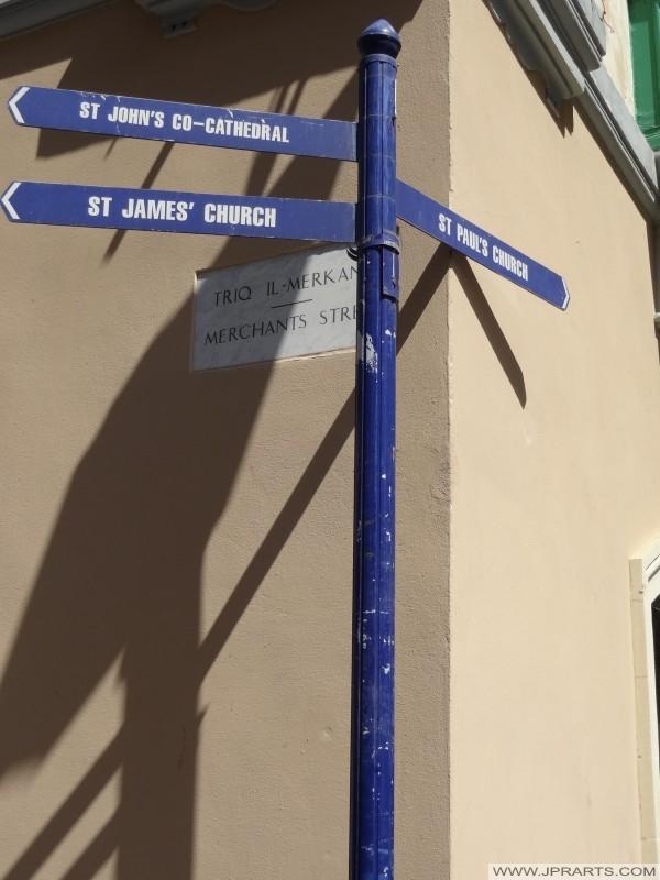 教会在马耳他瓦莱塔的路标