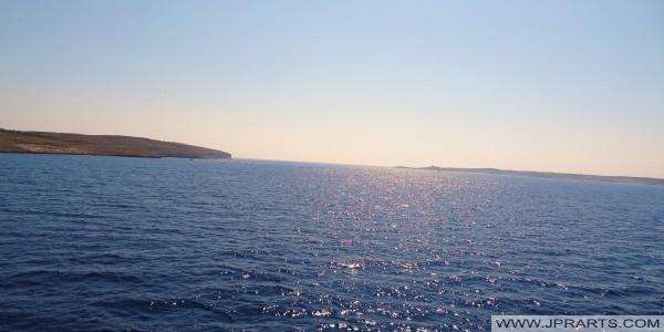 Canale a sud di Comino tra Comino e Malta