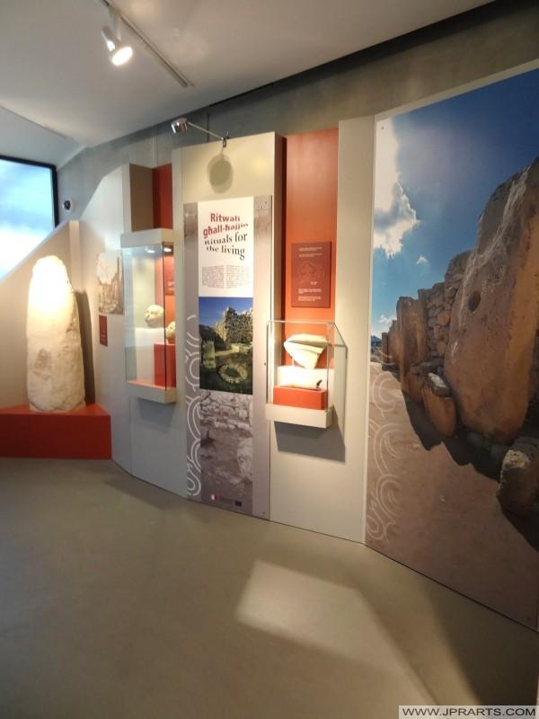 All'interno del Museo Ġgantija (Gozo, Malta)