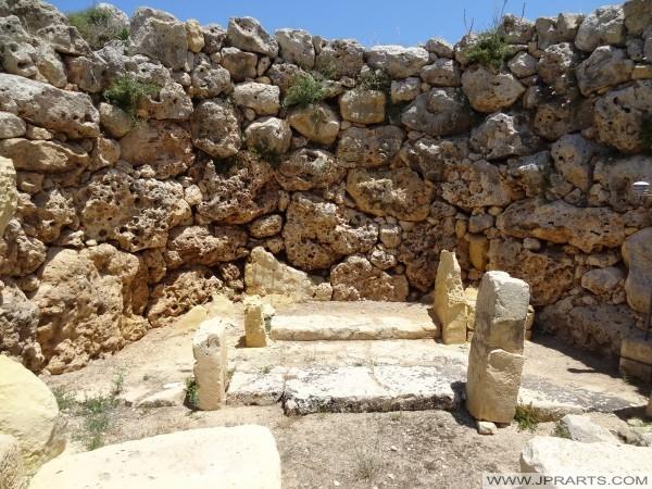 L'Intérieur de temples mégalithiques de Ggantija (Gozo, Malte)