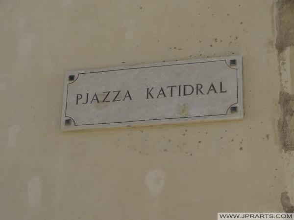 Pjazza Katidral dans la Citadelle de Victoria (Gozo, Malte)