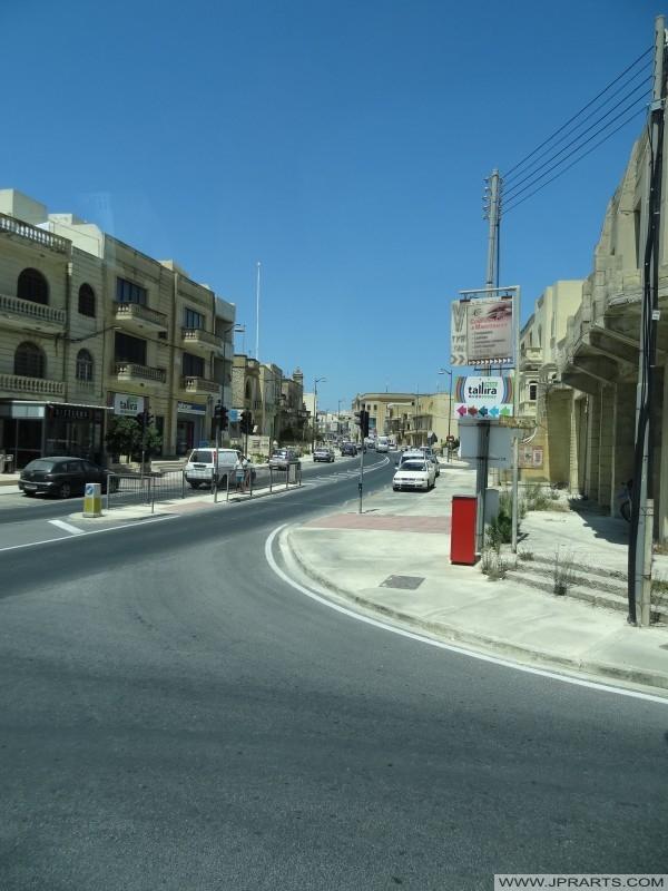 الشارع في جزيرة غوزو، مالطا