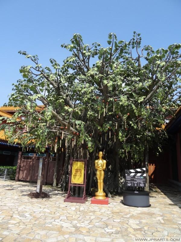 Có nhu cầu cây tại Bồ Đề vuông trong làng Ngong Ping, Hồng Kông