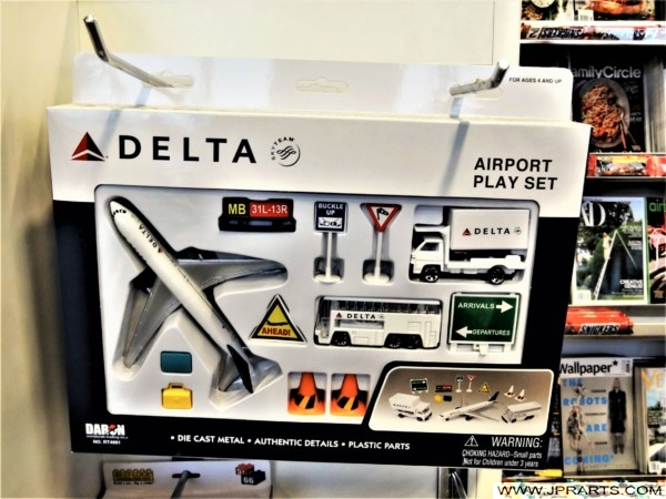 Airport Play Set of Delta Air Lines