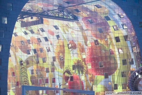 Arno Coenen's kunstwerk in de Rotterdamse Markthal (Nederland)