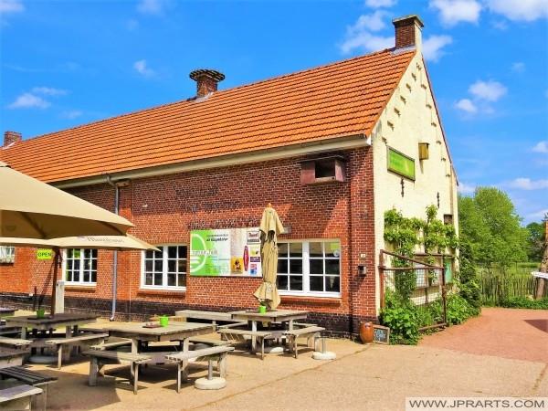 Besucherzentrum 'De Klapekster' in Wortel Kolonie, Belgien