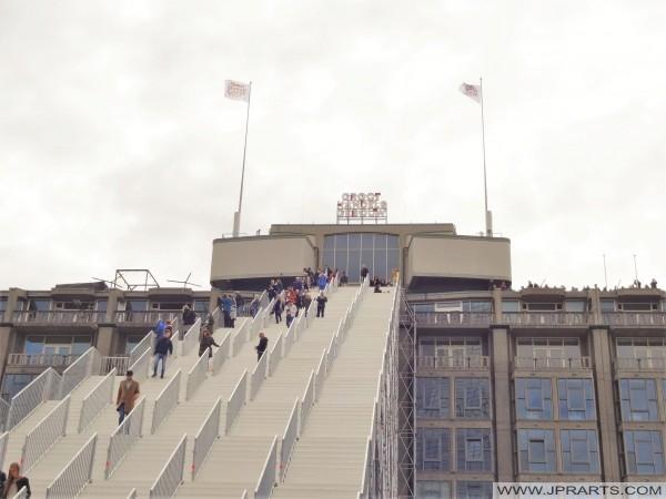 O Edifício Atacado e as escadas para o telhado em Rotterdam, Holanda