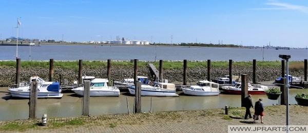 Jachthaven in Doel, Belgie