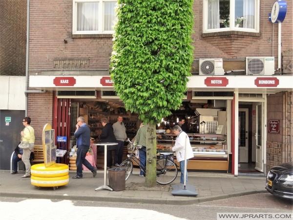Fromage, noix, vin et Chocolats à Baarle (Belgique - Pays-Bas)
