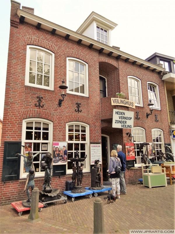 Baarle-Hertog, Belçika açık artırma