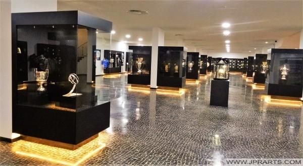 Pokale und persönliche Auszeichnungen gewonnen durch Cristiano Ronaldo (CR7 Museum in Funchal, Madeira, Portugal)