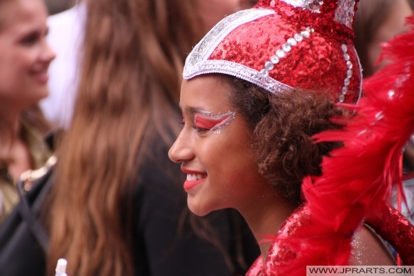 Riesige Karibik Straßenfest in der Innenstadt von Rotterdam, Niederlande