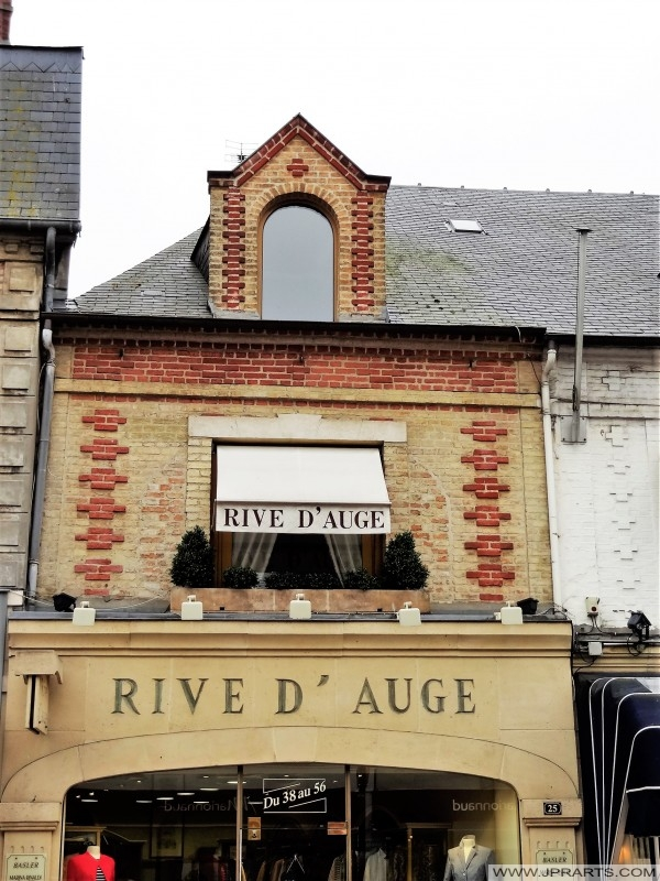 Rive d'Auge boutique a Deauville, Francia