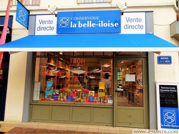 A fábrica de conservas Belle iloise em Cabourg, França