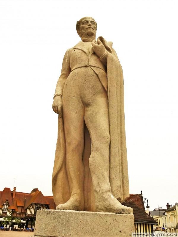 Statua Charles-Auguste de Morny a Deauville, Francia