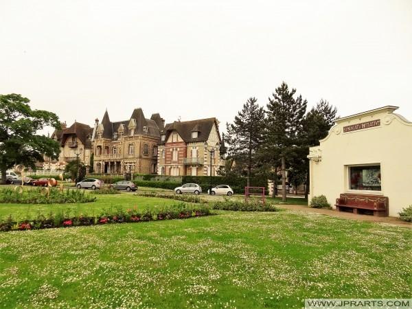 Villa Argentina och informationscentrum i Cabourg, Frankrike
