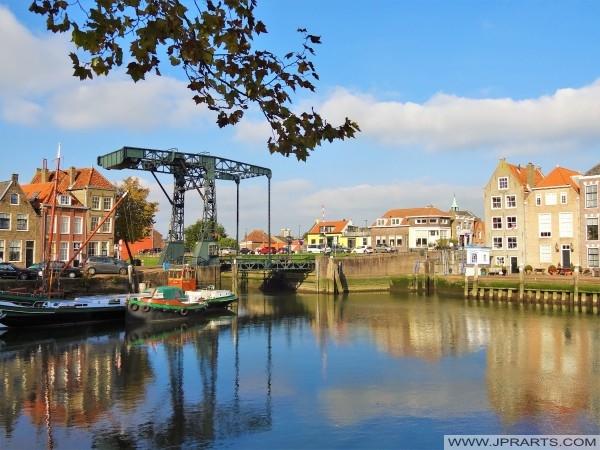 Der Schansbrug in den Inneren Hafen von Maassluis, Niederlande