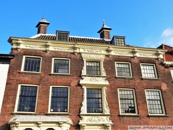 Rumah ningrat (juga kantor pos dan kantor polisi mantan) di Maasland, Belanda