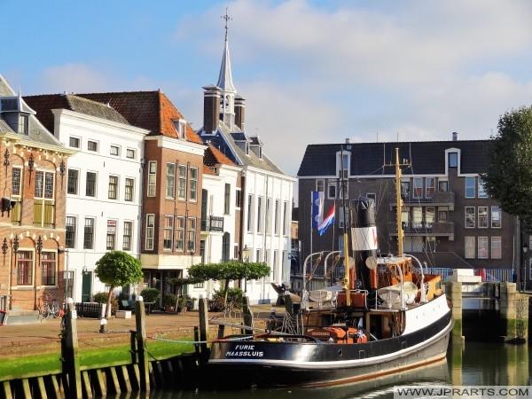Slepebåt havnen og Furie i Maassluis, Nederland