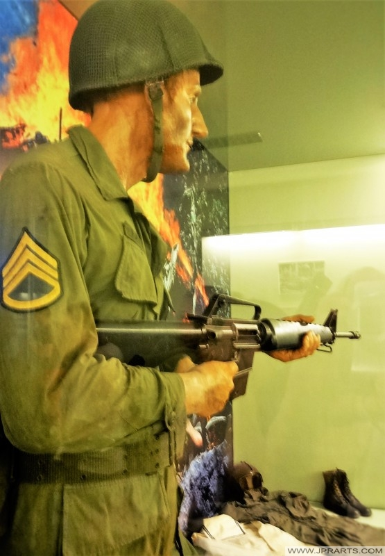美國統一和機槍(戰爭殘餘博物館在胡志明市,越南)