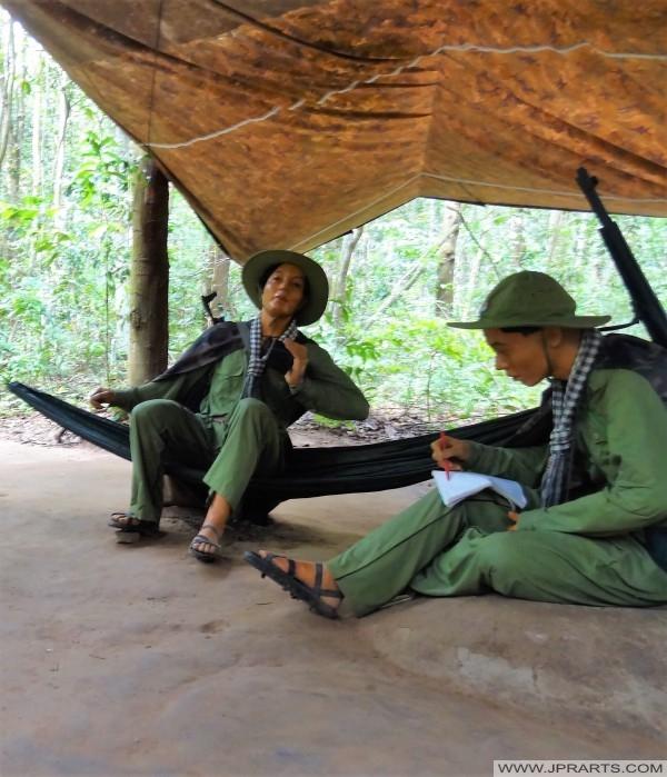 Soldados del Viet Cong (túneles de Cu Chi, Ben Dinh, Vietnam)