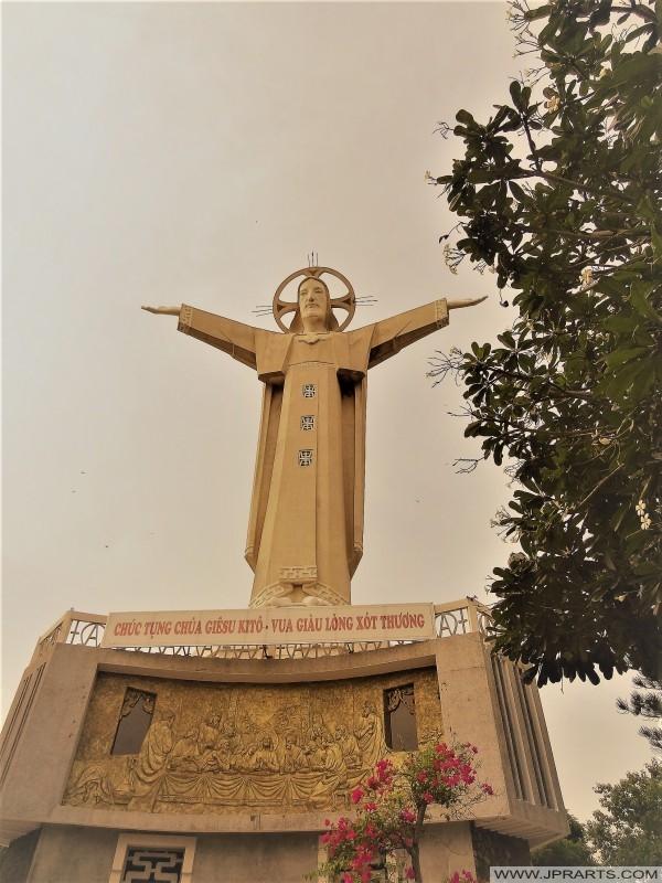 Tượng Chúa Giêsu Kitô ở Vũng Tàu, Việt Nam
