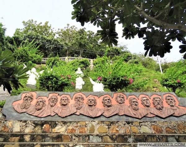 Doce Apóstoles en el Monte Nho en Vung Tau, Vietnam