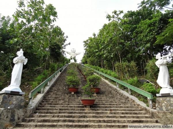 Cầu thang đến Tượng Chúa Kitô Vũng Tàu, Việt Nam