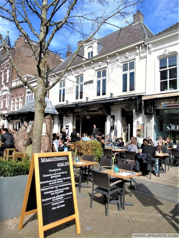 Anvers – Brasserie & Biercafé in Tilburg, Nederland